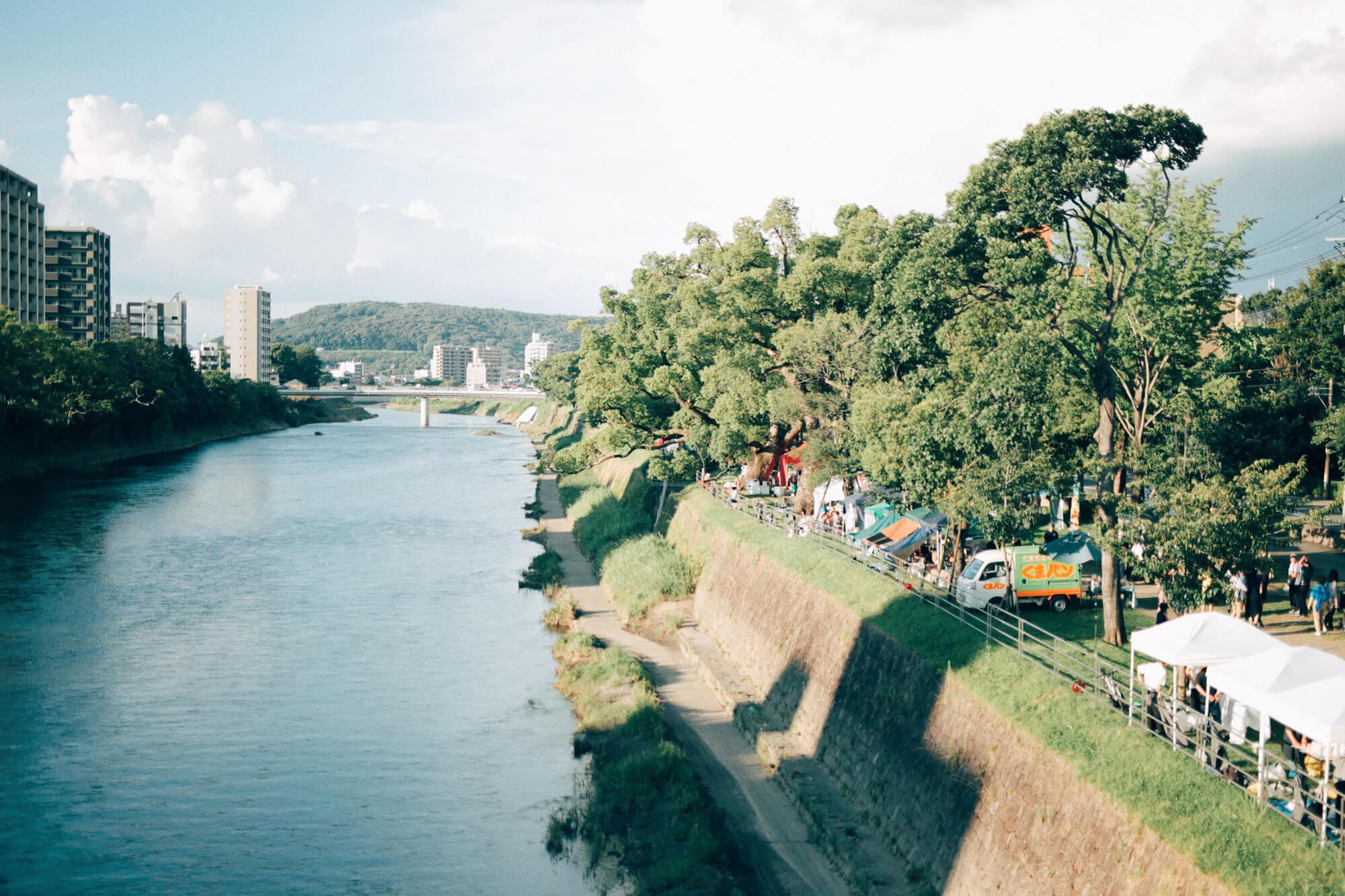 白川の河川とお祭り