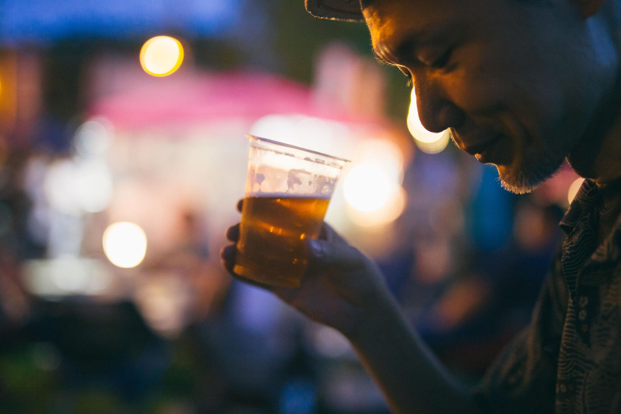 夜市でビール