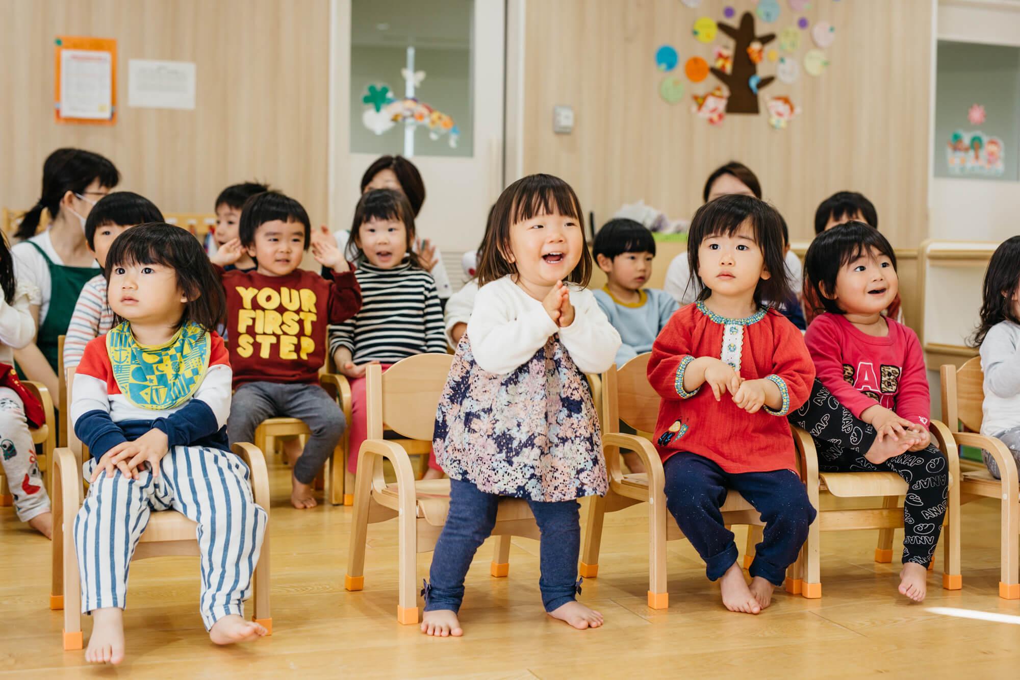 社内保育園で過ごす子どもたち